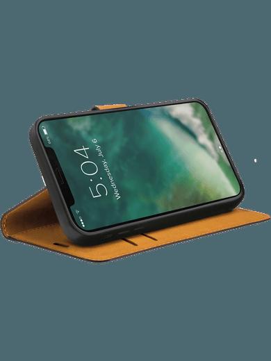 XQISIT Slim Wallet Selection iPhone 12 mini (schwarz)